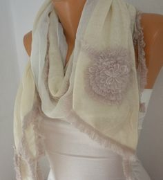 OOAK SCARFIvory Knitted Scarf Fall Winter Accessories by fatwoman