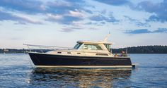 Pictures of Yachts - Sabre 38 salon express motor yacht photos - Sabre Yachts | Sabre Yachts