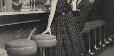 Советы из 1938 года: как должна вести себя на первом свидании девушка