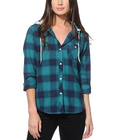 Crafted with a soft and thick construction covered in a teal and navy plaid print, this slim fitted flannel shirt features a contrast fleece hood that makes for a dynamic look.