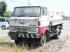 「びっくり仰天の旧車たち…(゜Д゜;)その2」鈴吾のブログ   Ivory Trapezoid - みんカラ