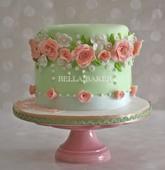 -: VINTAGE ROSE GARDEN CAKE only pink, white or lilac frosting pretty with fluffy coconut or white chcolate curls too. Green Birthday Cakes, Vintage Birthday Cakes, Elegant Birthday Cakes, Birthday Cakes For Women, Elegant Cakes, Vintage Cakes, 80th Birthday, Gorgeous Cakes, Pretty Cakes