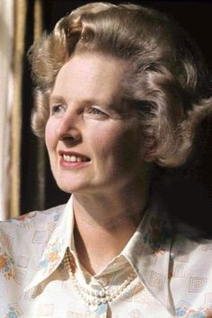 """""""If you set out to be liked, you would be prepared to compromise on anything at any time, and you would achieve nothing"""".The first female Prime Minister of Britain. Women In History, British History, Margareth Thatcher, The Iron Lady, Intelligent Women, Brave Girl, Famous Women, Change The World, We The People"""