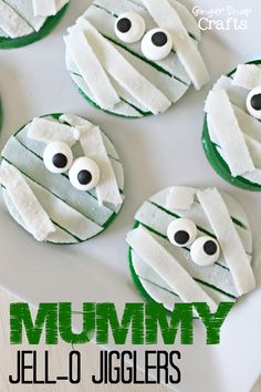 Mummy Jell-O Jigglers #gingersnapcrafts #spon #jello