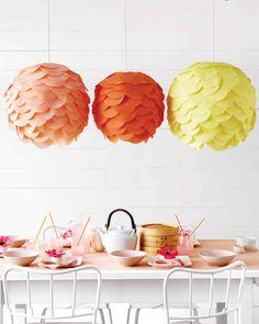 Paper lanterns are in demand in Diwali and Christmas. DIY Paper Lanterns not only save your money but its a fun and creative craft activity. Lantern making Paper Decorations, Baby Shower Decorations, Spring Decorations, Diy Home Decor Projects, Craft Projects, Weekend Projects, Craft Tutorials, Tissue Paper Lanterns, Diy Projects