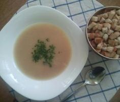 Recipe Celerová polévka by Hajkova Jana, learn to make this recipe easily in your kitchen machine and discover other Thermomix recipes in Polévky. Kitchen Machine, Cantaloupe, Fruit, Food, Thermomix, The Fruit, Meals, Yemek, Eten