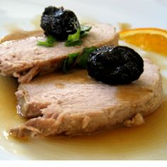 Pot roasted pork leg with orange, prune and brandy sauce Brandy Sauce, Pork Leg, Yummy Food, Tasty, Yummy Yummy, Most Delicious Recipe, Pork Roast, Mediterranean Recipes, Pork Recipes