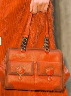 Collezione Borse Primavera Estate 2014 FOTO  #borse #borseprimaveraestate #primaveraestate #primavera2014 #spring2014 #springsummer #springsummer2014 #bags #fashion #musthave #bottegaveneta