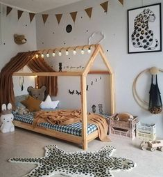 kleinkind zimmer Montessori toddler beds are amazing kids teepee wood house bed for children. Adorable children furniture will make transitioning from a nursery bed or baby bed to a c Baby Bedroom, Baby Boy Rooms, Baby Room Decor, Kids Bedroom, Lego Bedroom, Nursery Decor, Kid Rooms, Project Nursery, Nursery Ideas