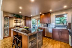 Examples-Of-How-The-Interior-Design-Of-Kitchen-2