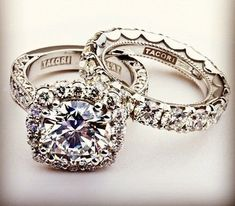 Tacori does rings right! Someone with a halo around my center diamond, either round or cushion cut. I know what I want!