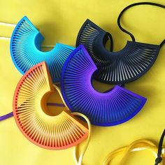 These smaller fan necklaces have proven popular. Three layers of struts give a very cool lenticular colour change effect as well as the Moire patterns. Also been doing some with hand polished stainless steel flashes which suddenly reflects the light at the right angle looking a bit like magic . What more can you ask for?… Small Fan, 3d Printed Jewelry, Latest Jewellery, Summer Jewelry, Geometric Designs, The Struts, Suddenly, Color Change, Jewelry Art