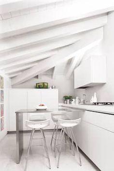 Cucina: in stile di Studio Magenis Professionisti Associati