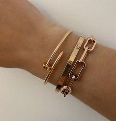 Hand Jewelry, Trendy Jewelry, Cute Jewelry, Luxury Jewelry, Jewelry Trends, Jewelry Accessories, Fashion Accessories, Women Jewelry, Fashion Jewelry