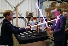 Prince William and Prince Harry visit the set of Star Wars.: Prince William and Prince Harry visit the set of Star Wars… Prince Harry Photos, Pictures Of Prince, Prince William And Harry, Prince Henry, William Kate, Star Wars Film, Star Wars Cast, Daisy Ridley, Mark Hamill