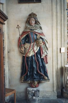 Statue of Queen Elizabeth I in St Mary Redcliffe Church, Bristol, England.