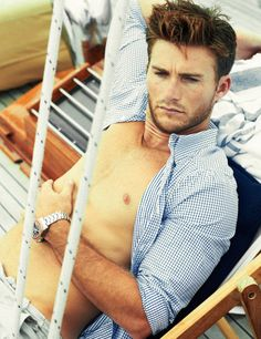 8 Steamy Summer Photos Of Scott Eastwood  - TownandCountryMag.com