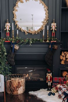 24 Christmas Fireplace Decorations, Know That You Should Not Do Artificial fir tree as Christmas decoration? A synthetic Christmas Tree or a real one? Lovers of art Diy Christmas Fireplace, Christmas Mantels, Plaid Christmas, Christmas Holidays, Fireplace Ideas, Gas Fireplace, Red And Gold Christmas Tree, Christmas Trends, Modern Fireplace