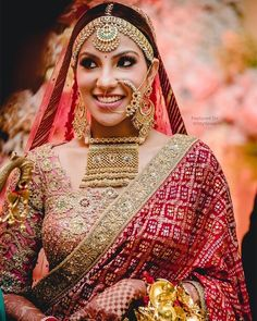 A Royal Chandigarh Wedding With The Bride In Glamorous Outfits & Statement Jewellery - Indien Kleidung - Indian Bridal Outfits, Indian Bridal Fashion, Indian Bridal Wear, Indian Dresses, Royal Indian Wedding, Indian Wedding Jewelry, Pakistani Bridal, Bridal Looks, Bridal Style