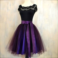 Womens tulle skirt in eggplant aubergine lined in deep purple satin. cocktail dresses/homecoming dresses Womens tulle skirt in eggplant aubergine lined in deep purple satin. Tutu En Tulle, Tulle Dress, Dress Up, Tulle Skirts, Graduation Dresses, Homecoming Dresses, Pretty Dresses, Beautiful Dresses, Tutu Rock