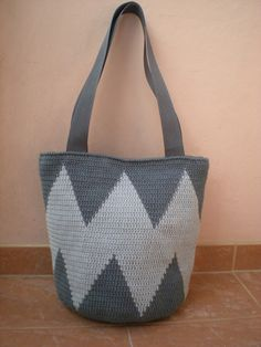 EmmHouse: Sharp tapestry crochet bag – free written pattern …