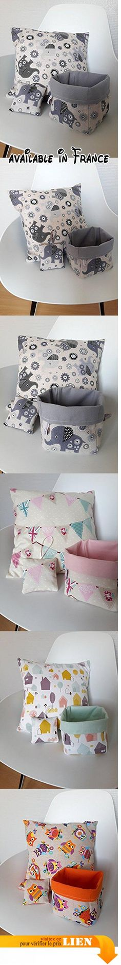 Ensemble de décoration pour chambre d'enfant, aux motifs d'éléphants gris sur fond couleur taupe clair.  #Guild Product #GUILD_HOME