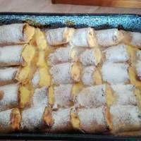 Rakott túrós palacsinta krémes öntettel a férjem kívánságára Cakes And More, Apple Pie, Sushi, Food And Drink, Dairy, Sweets, Cheese, Ethnic Recipes, Internet