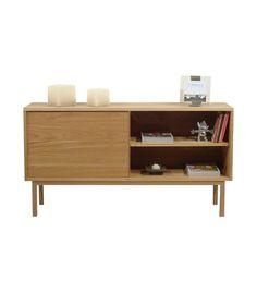 Aparador de color natural con 1 puerta con sistema push y 1 estante con patas bajas. Dimensiones de 75x141x36 cm