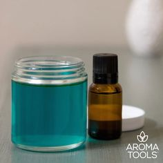 DIY Home Fresheners ~ Replace your synthetic air fresheners with these all-natural gel air fresheners that use pure, therapeutic-grade essential oils to create a pleasant aroma to freshen up a room! Essential Oils For Thyroid, Are Essential Oils Safe, Therapeutic Grade Essential Oils, Aroma Tools, Cellulite Scrub, Coconut Oil For Acne, Fractionated Coconut Oil, Lavender Oil, Aromatherapy