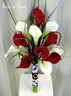 Wedding Bouquet real touch red white calla lily bridal bouquet.Real Touch, Black Lace, Bridal Bouquets, Lilies Bridal, Calla Lilies, Red And White Flower, Red White, Bouquets Real, Red And White Wedding Flower