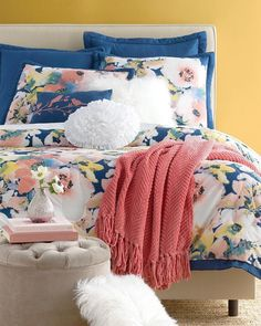 Awesome home decor ideas for living room are offered on our website. Take a look and you wont be sorry you did. Futon Bunk Bed, Bunk Bed With Trundle, Twin Futon, Apartment Bedroom Decor, Cozy Bedroom, Glam Bedroom, Bedroom Ideas, Apartment Living, Bedroom Retreat
