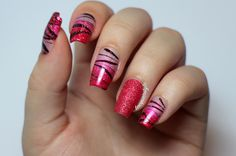 Red Watermarble Nails