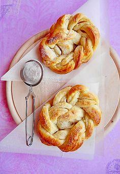 Reteta Covrigi Polonezi Bagel, Shrimp, Breads, Food, Poland, Pie, Bread Rolls, Essen, Bread