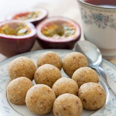 Sweet and fudgy, these healthy passionfruit bliss balls are perfect with a cup of herbal tea for a mid-morning or mid-afternoon pick me up. Don't you just love passionfruit? Their arrival each year is such Healthy Afternoon Snacks, Healthy Sweets, Vegan Sweets, Sweet Recipes, Whole Food Recipes, Cooking Recipes, Dessert Recipes, Fruit Dessert, Snack Recipes