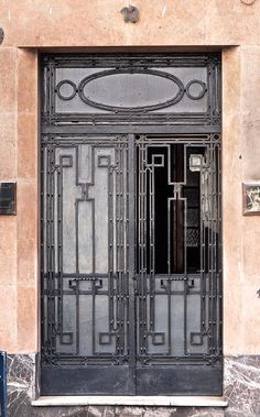 absolutely positively stunning doors. Almost love at first sight.