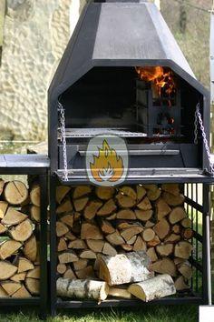 Vrijstaande braai compleet met houtbox, schoorsteen en weerhaan, breedte 800mm. Uniek door de veelzijdige mogelijkheden, van gezellige haard tot complete outdoor- kitchen! Homefires braai 800 | tuinhaardenwinkel.nl Built In Braai, Gaucho, Concrete Countertops, Bbq Grill, Outdoor Cooking, Grills, Bird Feeders, Firewood, Metal Working