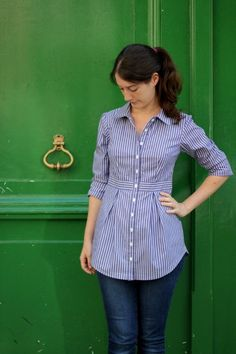 I tested the new pattern by Deer&Doe, the Bruyère Shirt. I made it in a striped cotton to make all the lines stand out. I love the way that this shirt is fitted at the waist, and the pleats in the skirt front and back Sewing Shirts, Sewing Clothes, Diy Clothes, Clothes For Women, Sewing Men, Make Your Own Clothes, Women's Shirts, Style Clothes, Kurta Designs