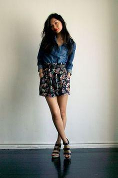 denim blouse, floral shorts and blue kate spade shoes