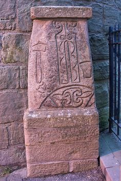 Pictish stone, Abernethy