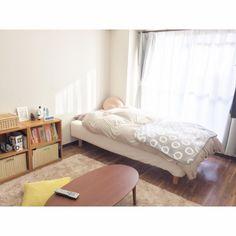 yxxさんの、部屋全体,無印良品,ナチュラル,IKEA,ワンルーム,一人暮らし,北欧,1人暮らし,ローテーブル,ニトリ,セリア,リサラーソン,シンプル,ベージュ,8畳,ひとり暮らし,ひとり暮らしをとことん楽しむ!,グレーのカーテン,賃貸でも楽しく♪,ワンルーム 8畳,狭いけど諦めない!,ベージュのラグ,ミニマリストになりたい,シンプルな暮らし,のお部屋写真