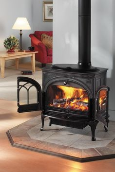 Jotul F 600 Firelight CB Wood Stove traditional fireplaces