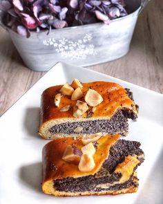 EXKLUZIVNÍ MAKOVÝ ZÁVIN tenké těsto a bohatá maková náplň - to je sen🙏🤩 ✔️díky ricottě je vláčný ✔️těsto jsem ovoněla vanilkovou esencí a… Healthy Style, Healthy Cake, Ricotta, French Toast, Paleo, Low Carb, Breakfast, Fit, Cushion