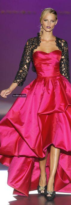 Evening gown, couture, evening dresses, formal and elegant Hannibal Laguna Pink Fashion, Love Fashion, Runway Fashion, Fashion Design, Dress Vestidos, Satin Dresses, Beautiful Gowns, Beautiful Outfits, Hannibal Laguna