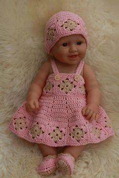 20 ideas crochet doll hat beanie for 2019 Baby Doll Clothes, Crochet Doll Clothes, Crochet Dolls, Baby Dolls, Hat Crochet, Baby Boy Crochet Blanket, Crochet Baby Dress Pattern, Baby Dress Patterns, Hat Patterns