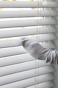 Cleaning Blinds  http://www.onegoodthingbyjillee.com/2014/10/clean-window-blinds.html?utm_source=getresponse&utm_medium=email&utm_campaign=onegoodthing&utm_content=%5B%5Brssitem_title%5D%5D