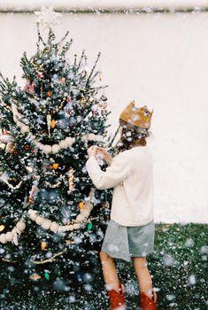 Xmas at Anthro ➰ Classy Christmas, Swedish Christmas, Whimsical Christmas, Christmas Makes, Christmas Mood, Rustic Christmas, All Things Christmas, Christmas Shopping, Xmas