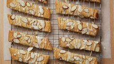 Making traditional Scandinavian almond-flavored cookies just got easier by using a cookie mix. Almond Biscotti Recipe, Almond Meal Cookies, Apple Cookies, Easter Cookies, Chocolate Cookies, Christmas Cookies, Christmas Sweets, Bar Cookies, Christmas Recipes