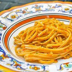Pesto alla trapanese (A Sicilian pesto)