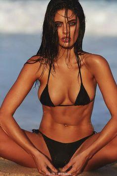 model Austin bikini