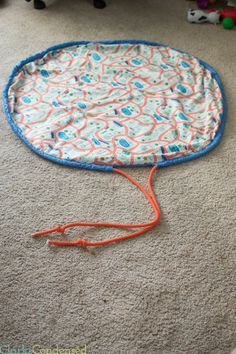 DIY-Toy-Bag-AKA Swoop bag for easy cleanup/play area